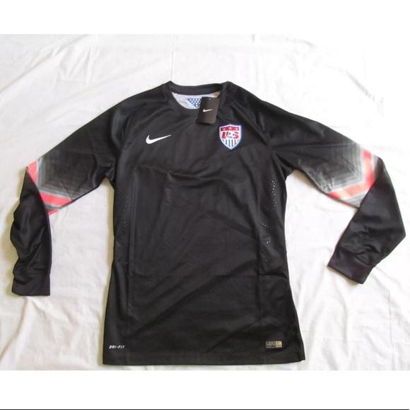 74ab044d24b NWT Nike USA Soccer Team Long Sleeve Goalie Jersey